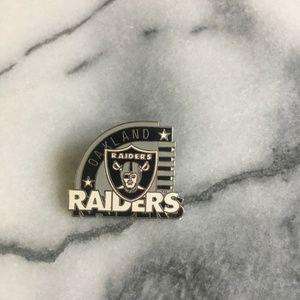 Oakland Raiders Sports Pin